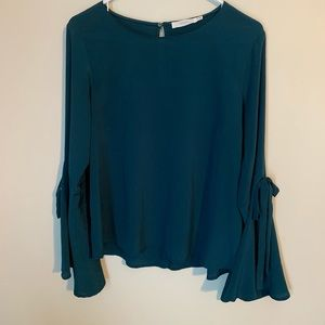 LUSH - Bell Sleeve Top
